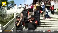 游客春节爬山中暑晕倒怎么回事 背后原因曝光网友哭笑不得