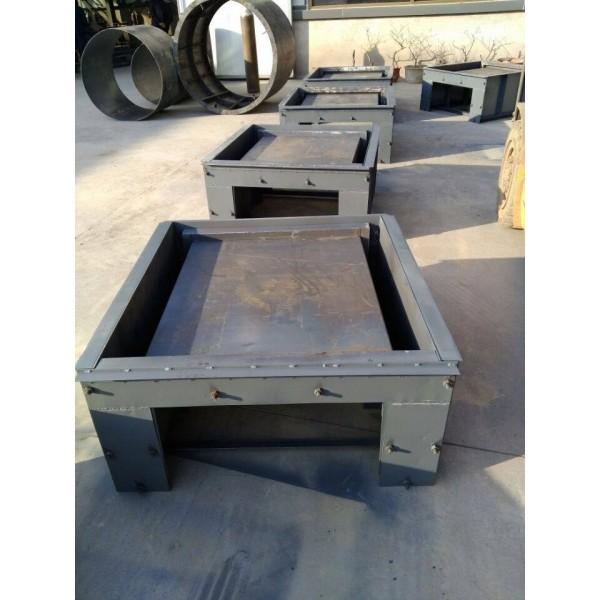 U型水槽钢模具 辽宁河道流水槽模具