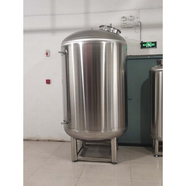 五台县鸿谦食品级无菌水箱   水处理无菌水箱支持定制