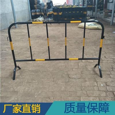 供应32圆管铁马护栏 市政黄黑色铁马围栏 安全防护
