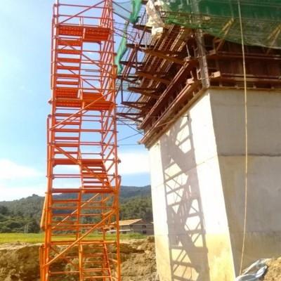 桥墩施工爬梯 梯笼式爬梯 框架式爬梯